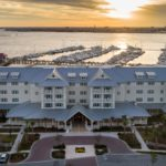 charleston harbor marina hotel